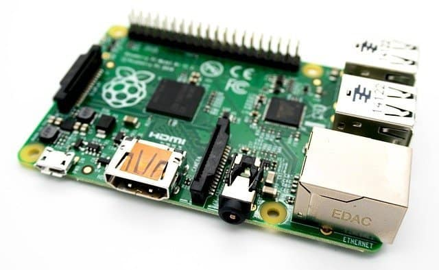 Rasberry Pi DIY computer kit